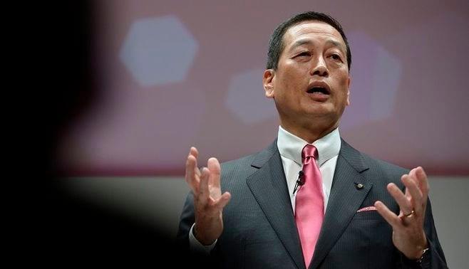 資生堂社長に試練、「中国不振」に「幹部辞任」