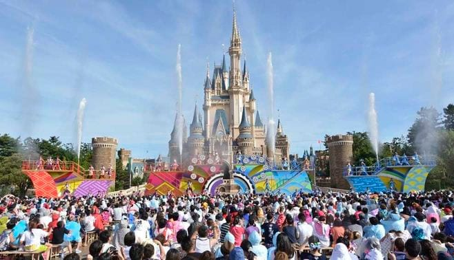 """東京ディズニー、今年も""""計画超え""""なるか"""