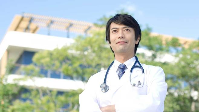 医学部受験に専門予備校が必須ではない理由