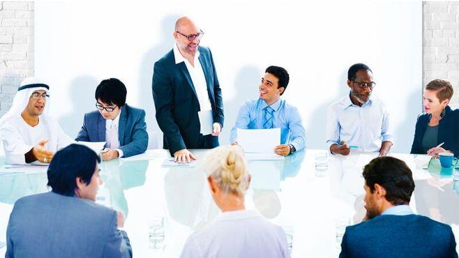 英語の会議で重宝する「5つの決めフレーズ」