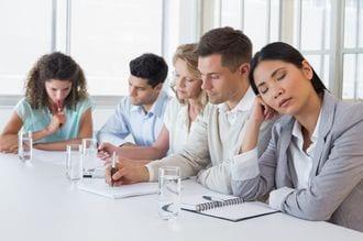 必要悪の「ムダな会議」は上手にサボれ!