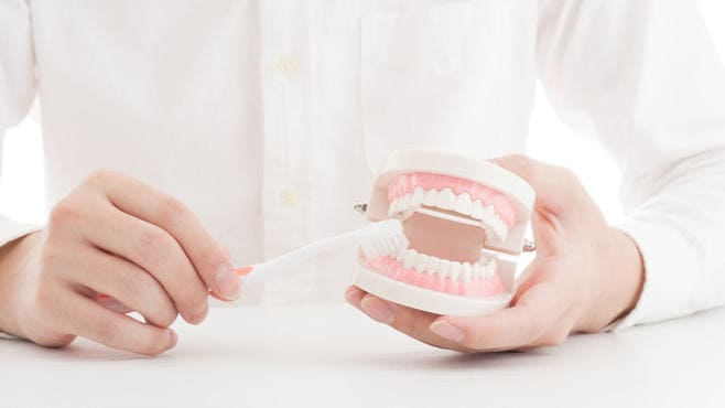 「歯周病」と「認知症」の切っても切れない関係