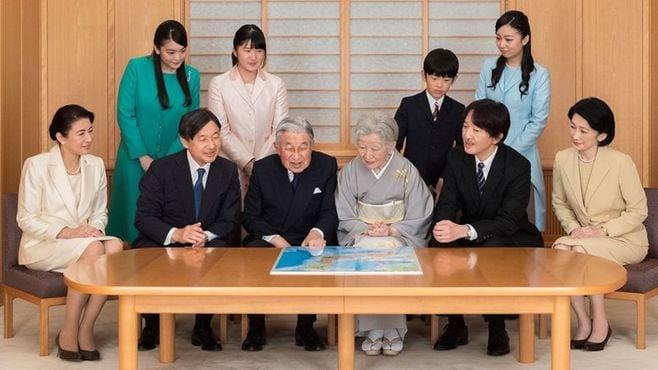 天皇陛下ご退位で宮内庁が悩む「公務の整理」
