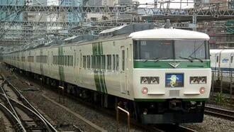 着席列車の元祖「ホームライナー」、関東で消滅