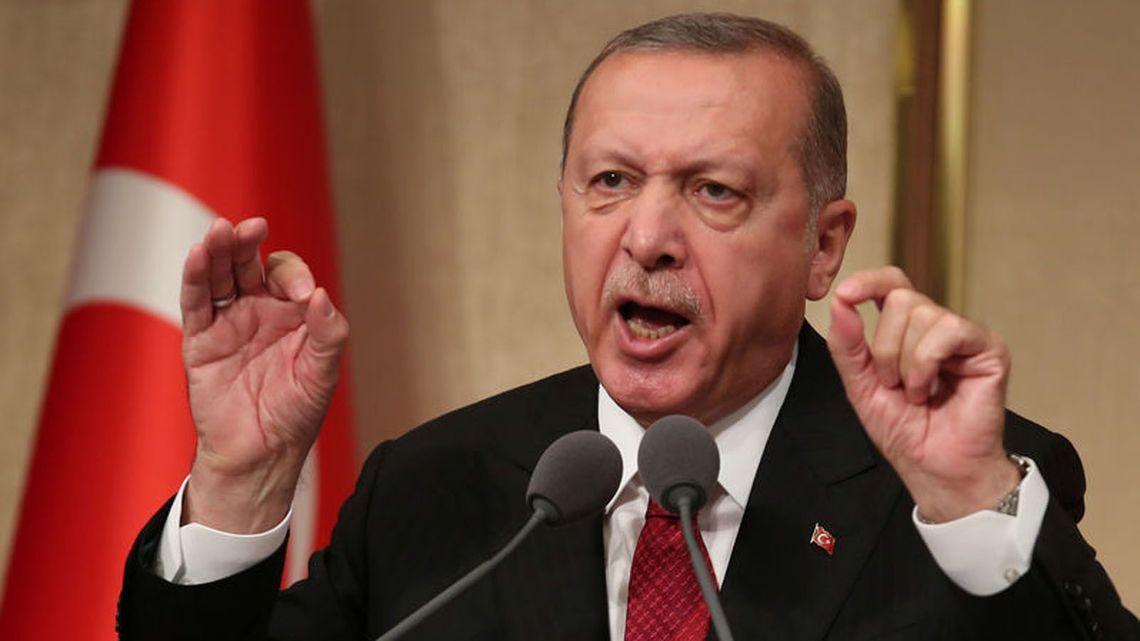 トルコを追い詰めるとシリア難民...