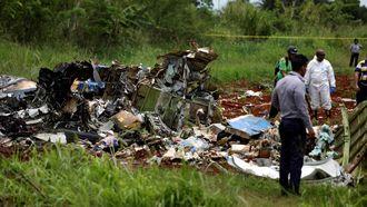 キューバ国内線が墜落、100人超死亡か