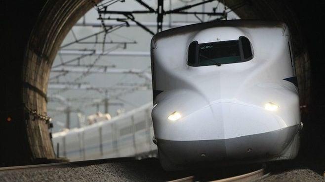 東海道新幹線の「トンネル」は、秘話が満載だ