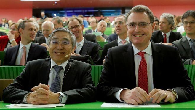 黒田総裁が「正常化」観測を打ち消したワケ