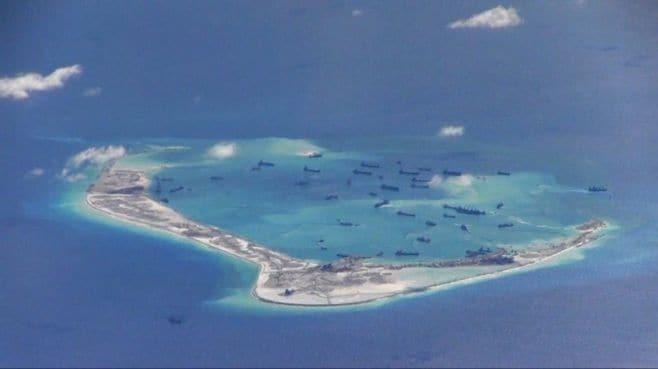 中国は、南沙紛争で軍事衝突の道を選べない