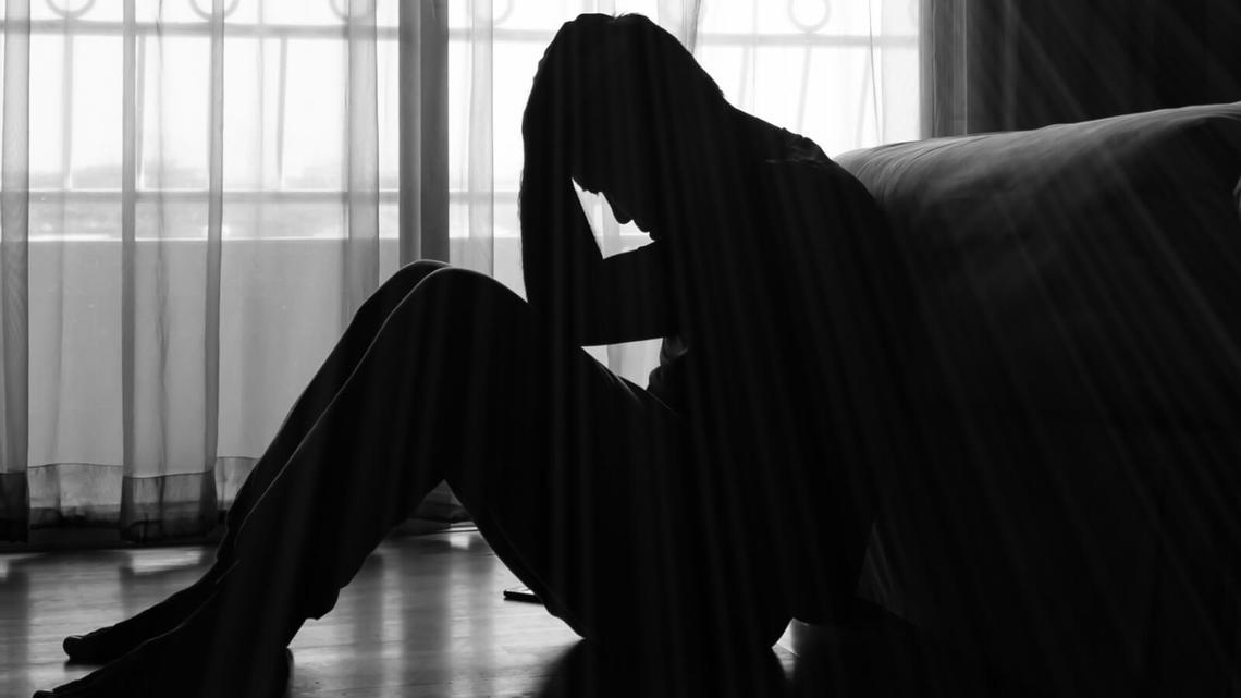 孤独死したコロナ患者の部屋に見た過酷な孤立   コロナショックの大 ...