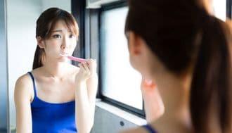 残暑の体調不良は「歯茎」の色変化でわかる