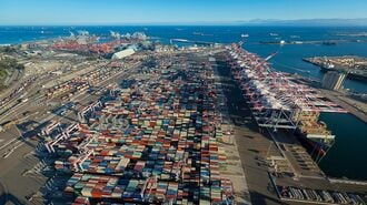 米国「コンテナ港」が史上最悪の混雑に陥った訳