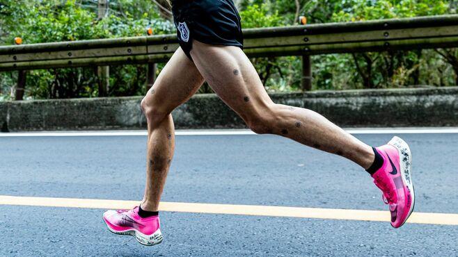 「速すぎる箱根駅伝」厚底靴、本質すぎる5大貢献