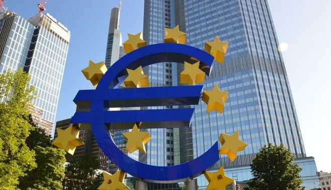 EU持続のために「欧州財政協議会」が必要だ