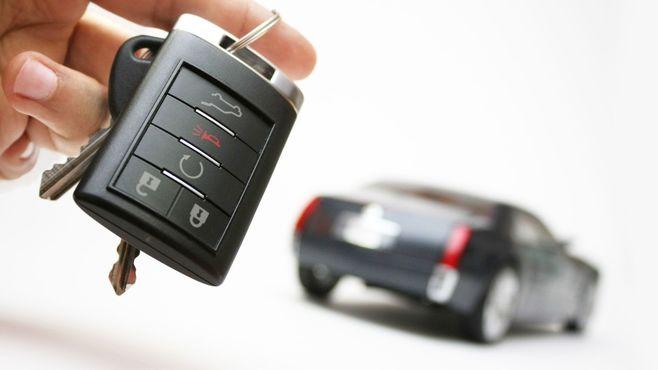 高級新車も手に入る残価設定ローンの光と影