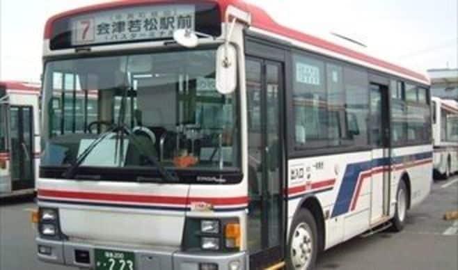 昼は空席ばかりでも、バス会社が儲かる理由