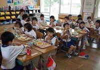 過酷な環境で学ぶ南相馬市の小中学生、エアコン設置は夏休み後に先送りに