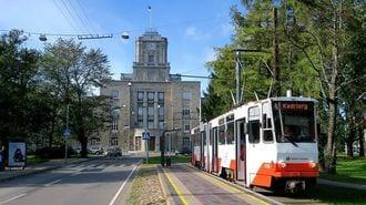 公共交通「住民はタダ」、なぜ実現できたのか