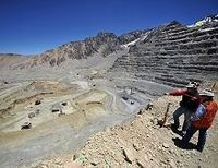 三菱商事のチリ巨額投資が思わぬ波紋、銅資源権益をめぐって法廷闘争へ