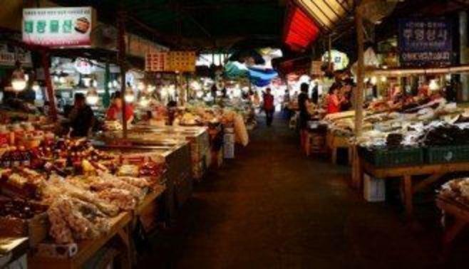 韓国、経済指標と体感景気に激しい差