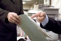 上司との関係:「報連相」のスキルを磨こう