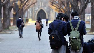 2017年度大学入試、文系人気が復活する理由