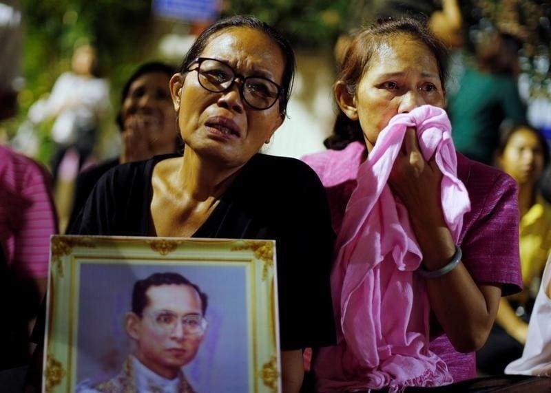 タイ王国のプミポン国王が88歳で...