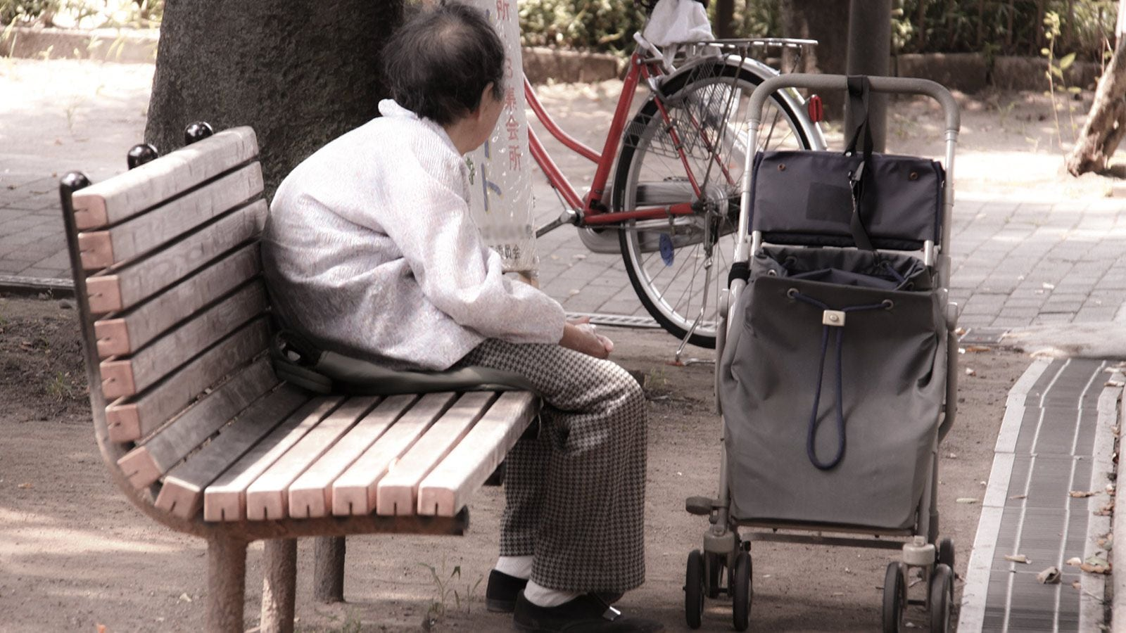【社会】年金13万円、生活苦に悩む高齢者たちの実情 「持ち家」が足かせになり、「生活保護」を受けることすらできない★2 YouTube動画>7本 ->画像>56枚