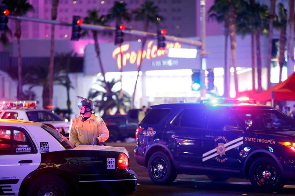 ラスベガス銃乱射事件、50人以上死亡の惨事 | ロイターより | 東洋経済 ...