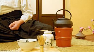 「お茶の飲み方」でバレる!残念な人の3欠点