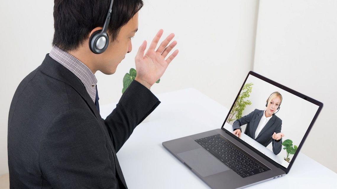 Skypeでテレビ電話を複数人(3人以上)で ...