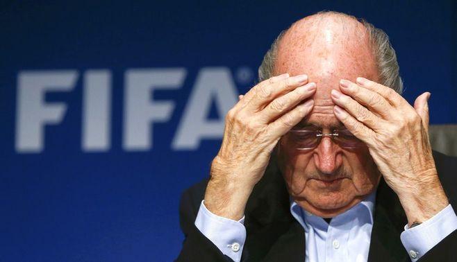 """FIFA、""""陽気な小悪党""""が生んだ汚職の構造"""