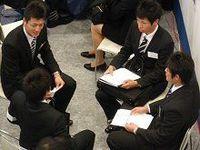 東京六大学・体育会学生専門の合同就職説明会に全学生の3分の1が参加、体育会の魅力は人脈と組織運営経験