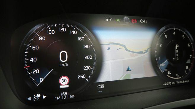 ボルボ「最高速180km/h」が映す安全の本質