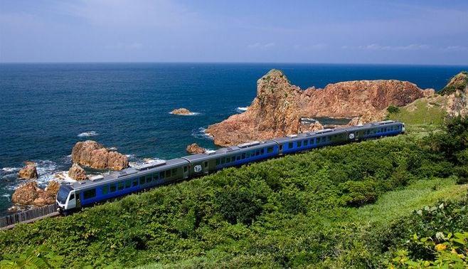 やっぱりあの鉄道が日本一の「海路線」だった