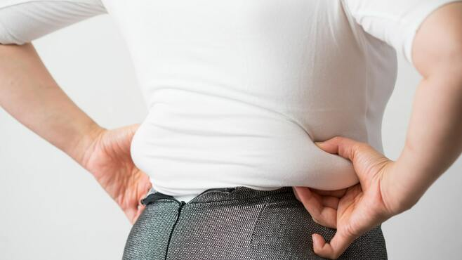 コロナ太りで焦る人に知ってほしい在宅運動法