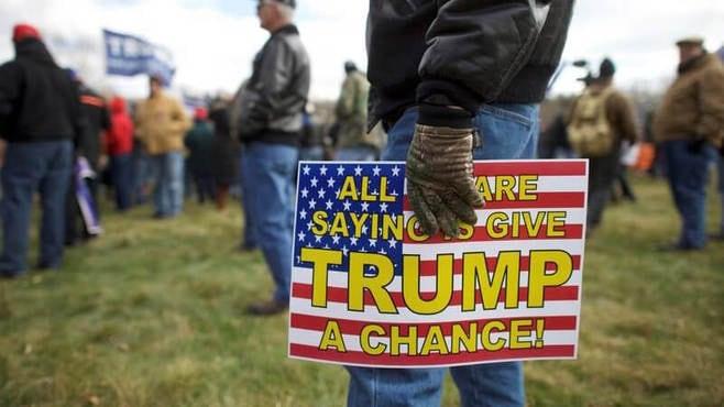 トランプ大統領は、弾劾訴追から逃げ切れる