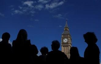 「ビッグベン」の鐘停止にメイ首相も反対表明