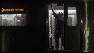 職員1500人が感染「NYバス・地下鉄」運行命がけ