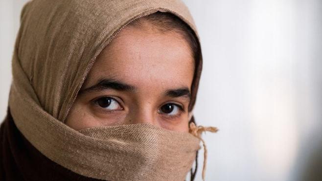 「ISと結婚した女性」の写真が語っていること