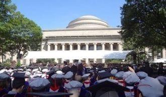 MITの卒業式、MITでの結婚式