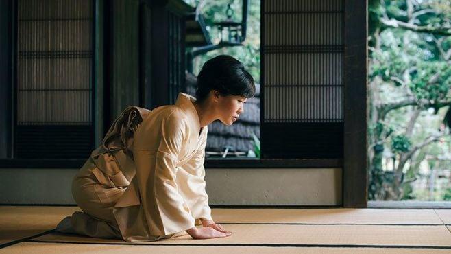 日本の過剰労働は、「お客様」の暴走が原因だ