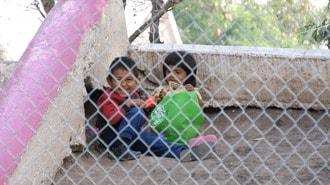 移民700人放置「トランプの壁」が招いた惨状