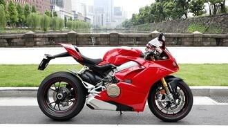 ドゥカティ・新型バイクのとてつもない咆哮