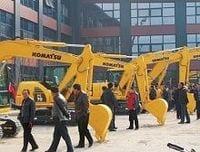 コマツを抜いた中国勢、建機市場で不気味な躍進のウラ側