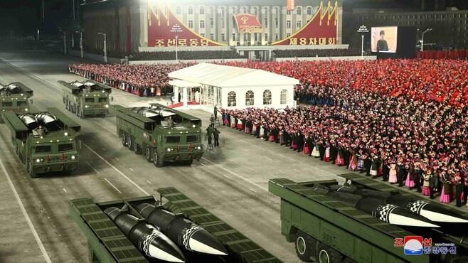 北朝鮮の閲兵式はアメリカへのメッセージだ