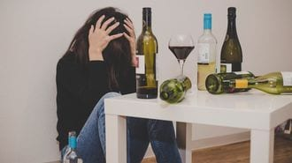 酒に溺れる人が自覚するヤバすぎる思考回路