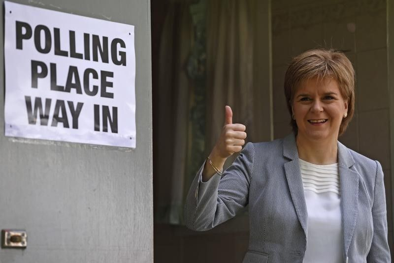 スコットランド首相、EU残留目指...