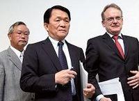 外国人社長がまた辞任、崖っ縁の日本板硝子