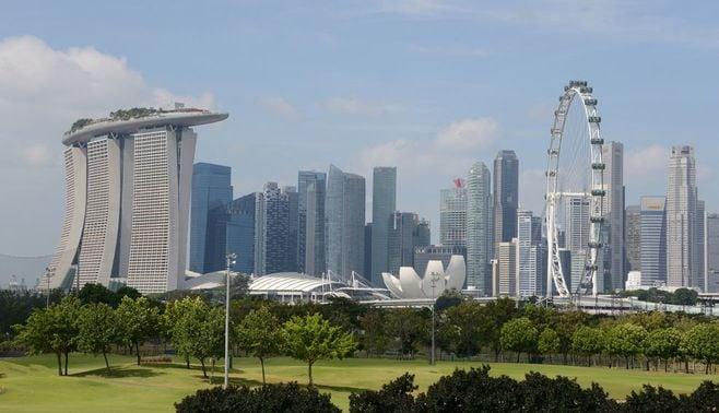 国父亡きシンガポールは不安がいっぱい